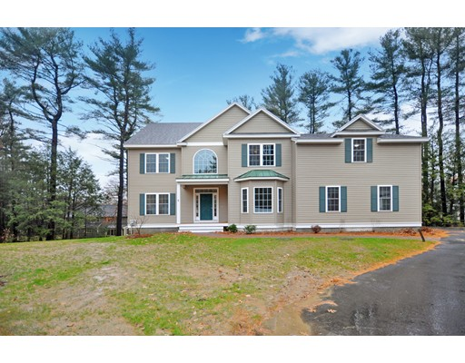 8 Hutchinson Way, Acton, MA