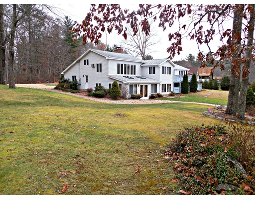 33 Shoreline Drive, West Brookfield, MA