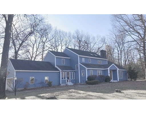 134 Pineridge Drive, Westfield, MA