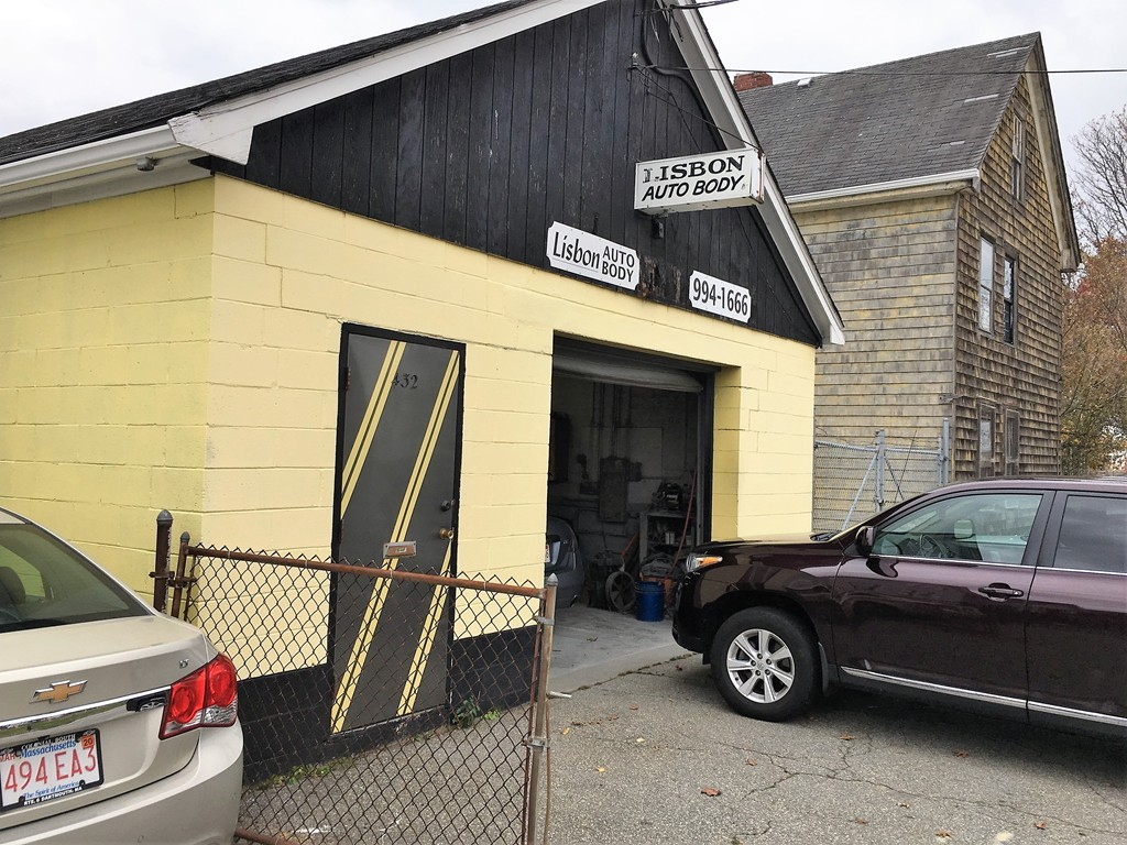 Golden opportunity for Buyer to acquire high profile property and step into operating an autobody shop with all necessary equipment and fixtures that are included in sale, additional abutting 6,294 SF lot (house is a tear down) value is in the extra lot expansion for you to run your business.