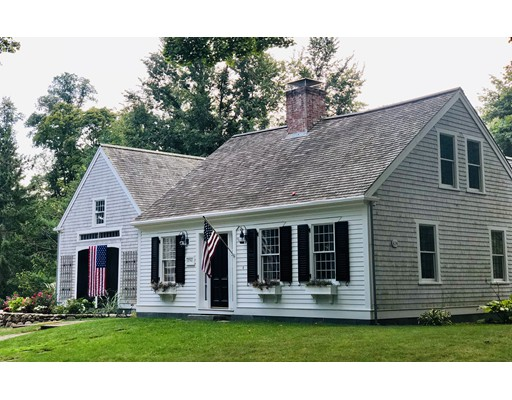 20 Oyster Place Road, Barnstable, MA