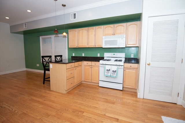 11 Columbia Rd, Wakefield, MA, 01880, Middlesex Home For Sale