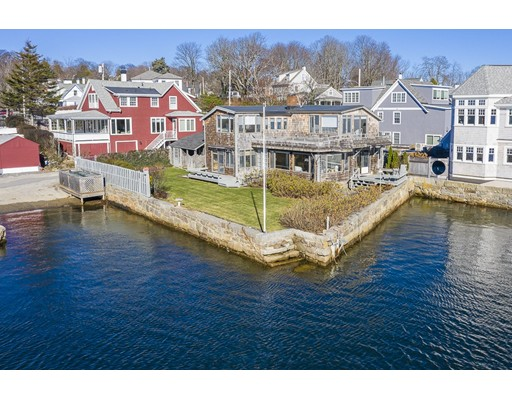 21 River Road, Gloucester, MA