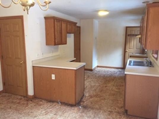 258 Northfield Rd, Bernardston, MA: $159,000