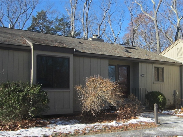 314 Hemlock Cir, Lincoln, MA, 01773, Middlesex Home For Sale