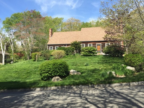 11 Frank St, Rockport, MA, 01966, Essex Home For Sale
