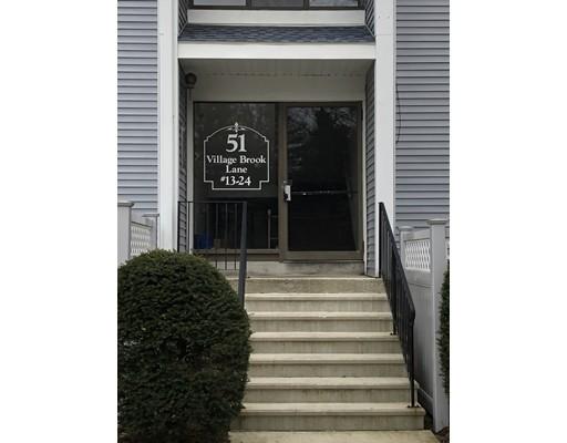 51 Village Brook Lane, Natick, MA 01760