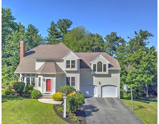 63 Foxwood Drive, North Andover, MA 01845