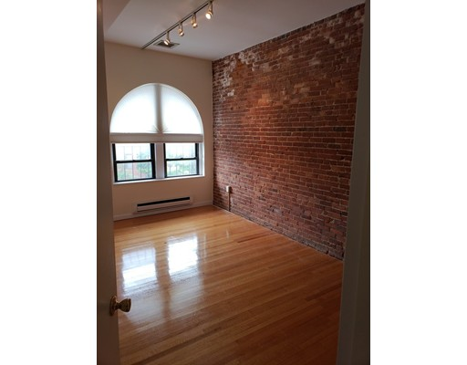 316 Newbury, Boston, MA 02115