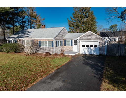 18 Terry Road, Dennis, MA