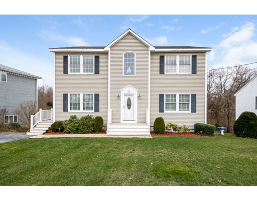 9 RIGGS PT Road, Gloucester, MA