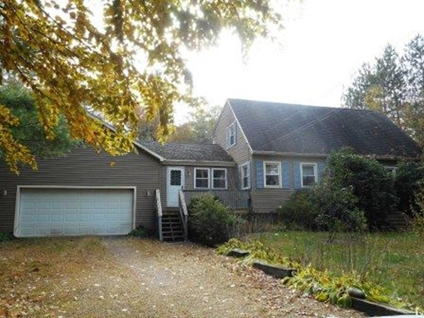 29 Browning Pond Road Spencer MA 01562