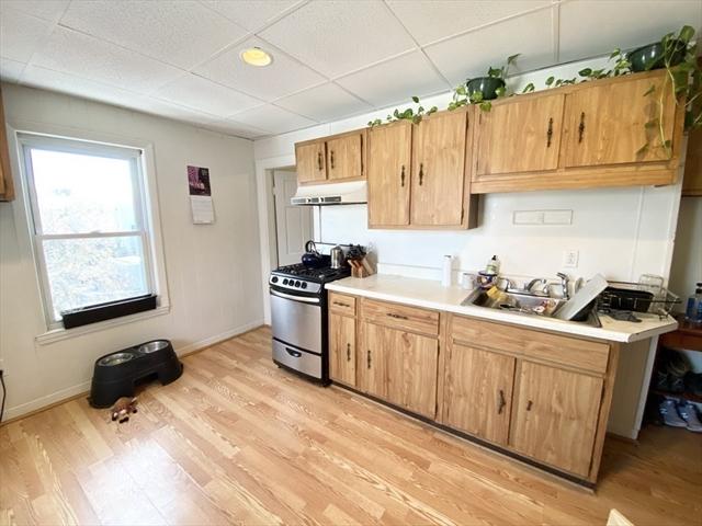 105 Buttonwood Boston MA 02125