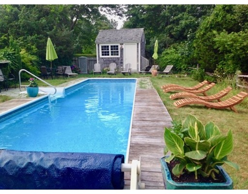 1000 State Rd. WT106, West Tisbury, MA 02575