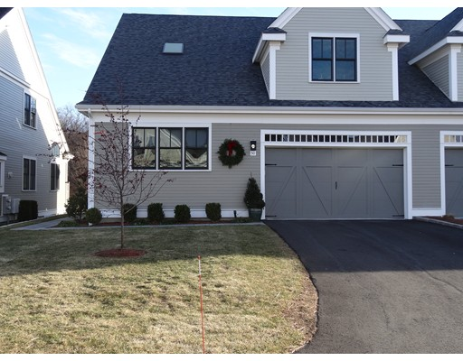 38 Green Meadow Drive, Reading, MA 01867