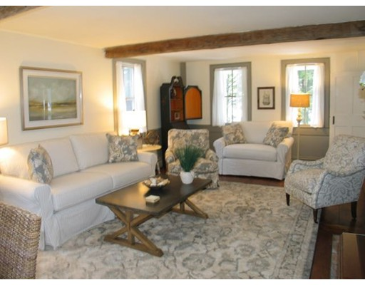 694 State Rd 1, West Tisbury, MA 02575
