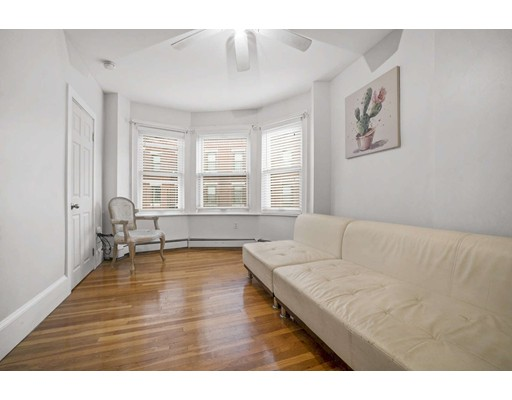 240 North, Boston, MA 02113