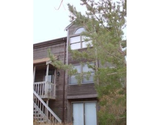 8 Old Colony Way, Provincetown, MA 02657