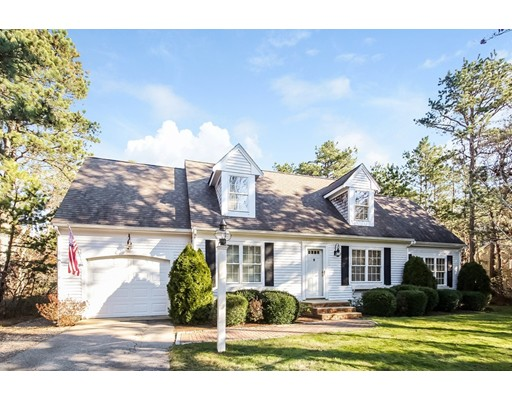9 Wintergreen Road, Mashpee, Ma