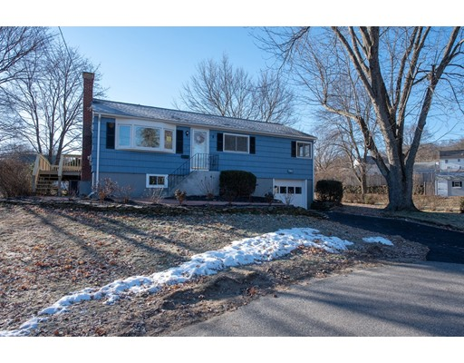7 Indian Drive, Chelmsford, MA