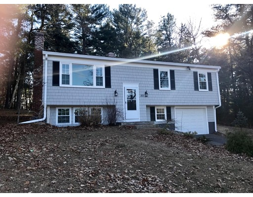 201 Whitford Circle, Marshfield, MA