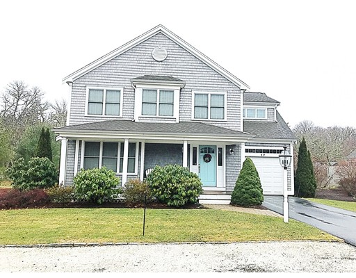 17 Mill Farm Way, Falmouth, MA 02536