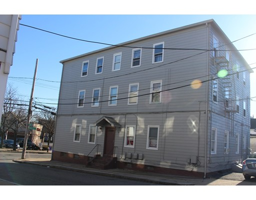 560 Douglas Avenue, Providence, RI 02904