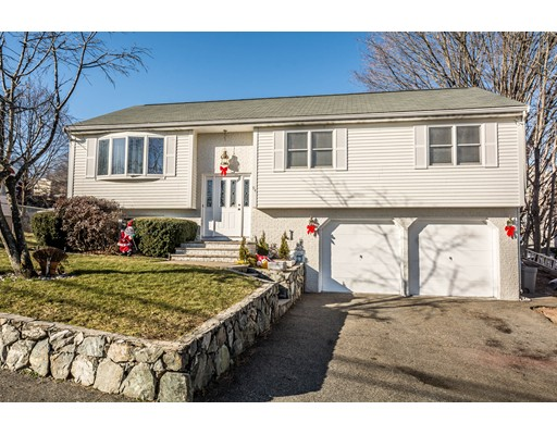 94 Parkview Road, Waltham, MA