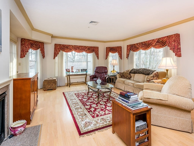 295 Salem St, Woburn, MA, 01801, Middlesex Home For Sale