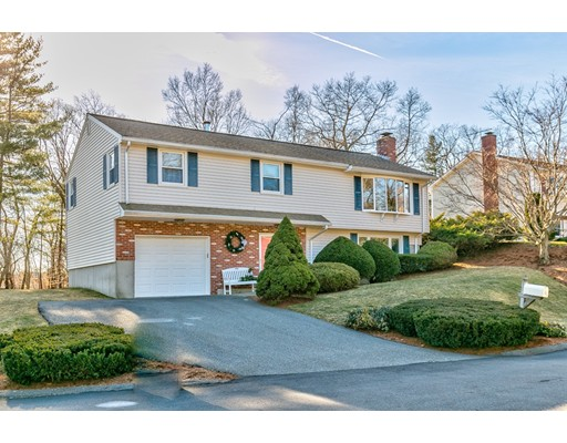 15 Ganley Drive, Burlington, MA