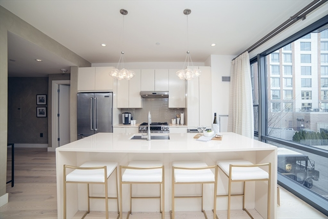 32 Traveler St, Boston, MA, 02118, Suffolk Home For Sale