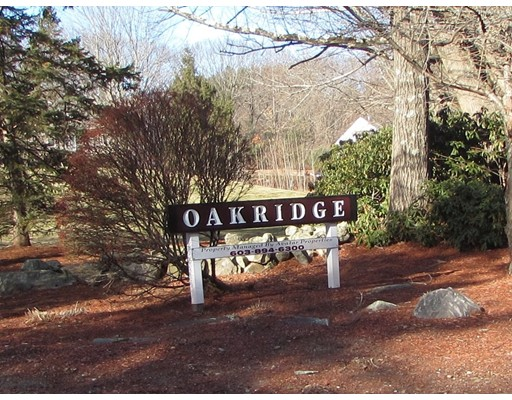 Photo of 14 Oakridge Drive Londonderry NH 03053