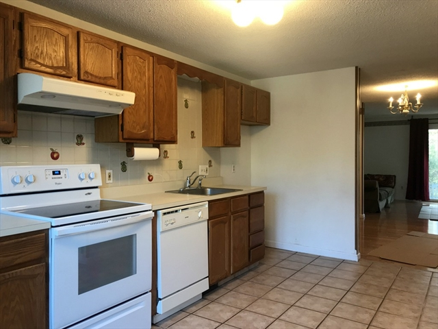 636 Maple Brook Rd, Bellingham, MA, 02019, Norfolk Home For Sale