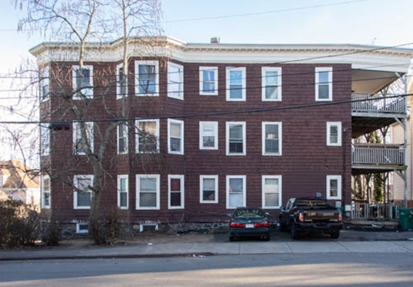 30-32 Bay View Ave, Lynn, MA, 01902, Essex Home For Sale