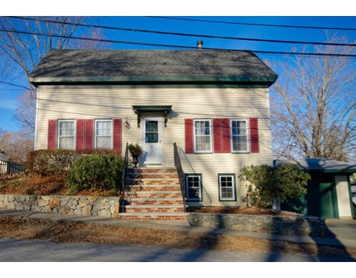 21 Middle Street, Georgetown, MA