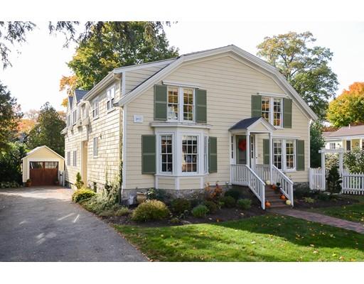 33 Cottage Street, Wellesley, MA