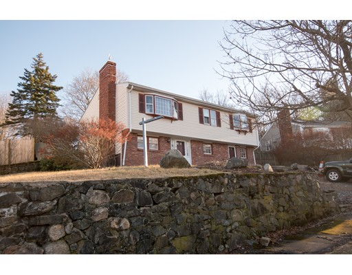 14 Sherwood Avenue, Peabody, MA