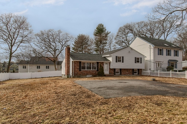 4 Poplar St, Woburn, MA, 01801, Middlesex Home For Sale