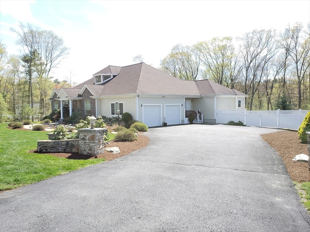 2 King Phillip Place, Foxboro, MA, 02035, Norfolk Home For Sale