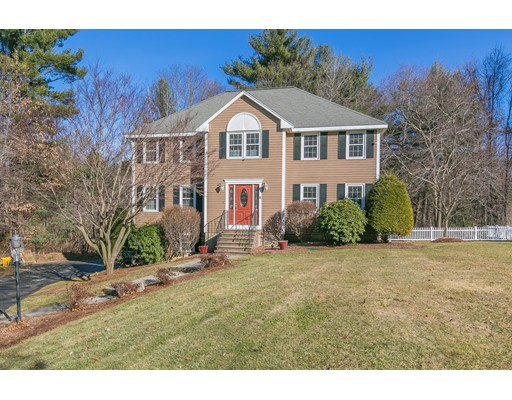 11 Castle Drive, Wilmington, MA