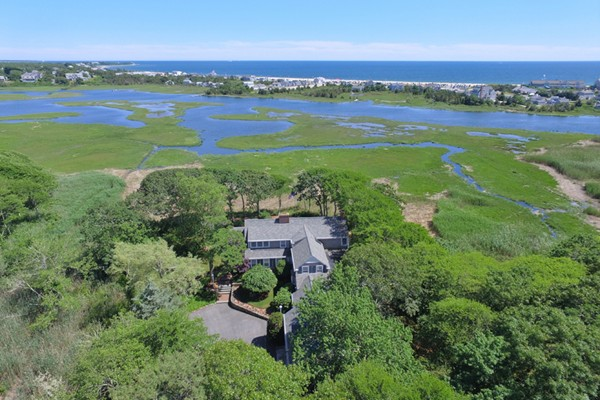 Photo of 21 Waterman Farm Rd Barnstable MA 02632