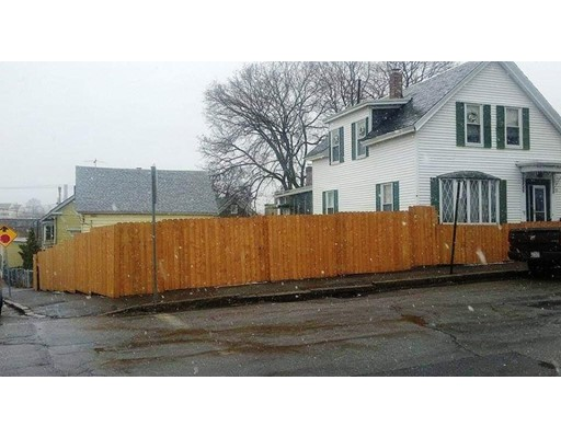 188 Cross Street, Lowell, MA 01854