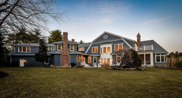 9 Hamlins Crossing, Dover, MA, 02030, Norfolk Home For Sale
