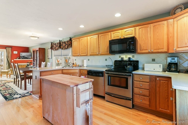 28 West St, Ayer, MA, 01432, Middlesex Home For Sale