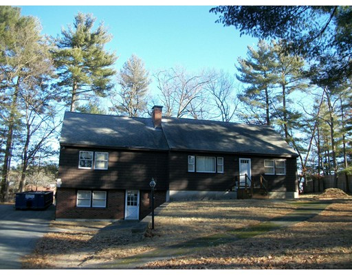 4 Monmouth Street, Chelmsford, MA