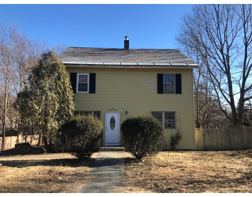 198 Wanoosnoc Road, Fitchburg, MA