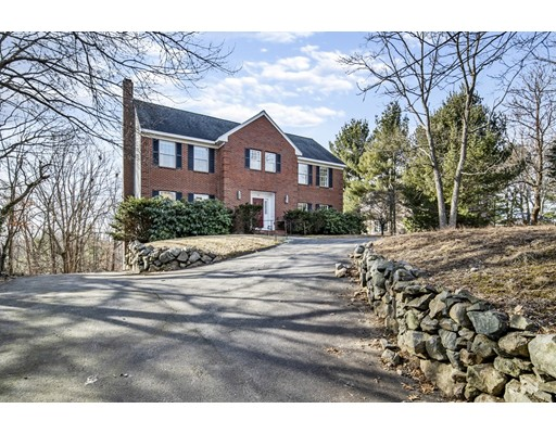 32 Cranmore Road, Wellesley, MA