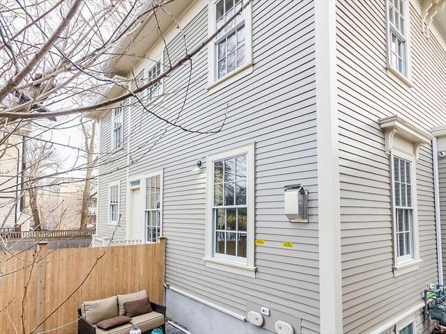 98 Trowbridge St, Cambridge, MA, 02138, Middlesex Home For Sale