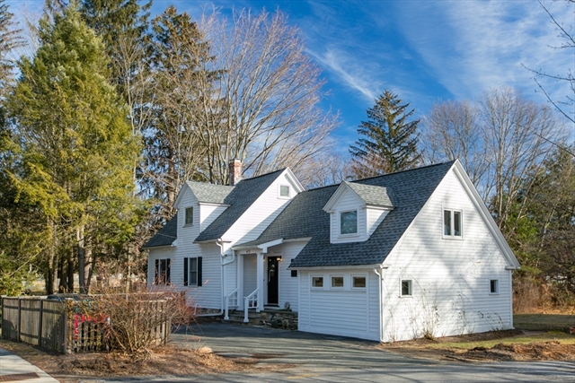 472 Bedford Street, Concord, MA, 01742, Middlesex Home For Sale