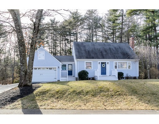 16 Laurel Drive, Medfield, MA